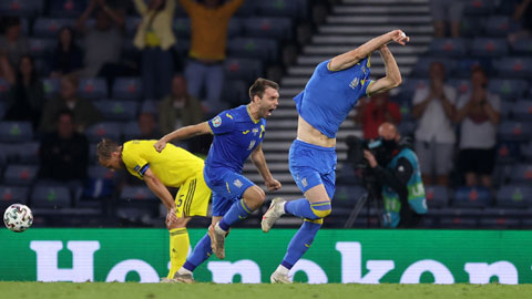 ĐT Ukraine: Shevchenko huấn luyện quá hay!