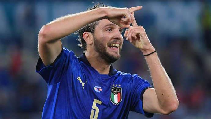 Arsenal chính thức hỏi mua Locatelli