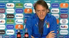 HLV Mancini khen đối thủ hết lời trước trận Bỉ vs Italia