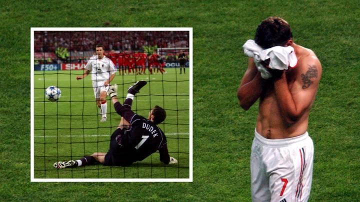 Tại Italia,Sheva có đủ mọi thứ: Champions League, Quả Bóng Vàng và cả thất bại cay đắng trước Liverpool năm 2005