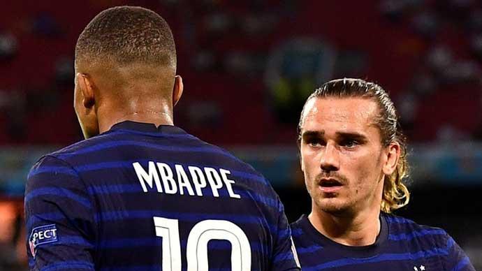 Bê bối của ĐT Pháp tại EURO 2020: Mbappe ghen tị với Griezmann