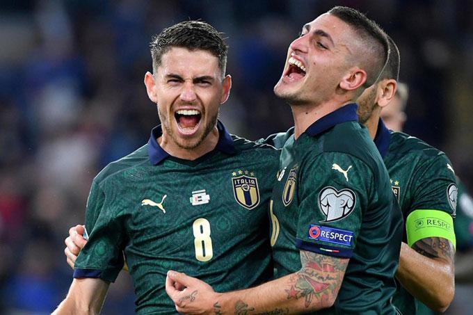Bộ đôi Jorginho - Verratti giúp Italia kiểm soát hoàn toàn khu giữa sân
