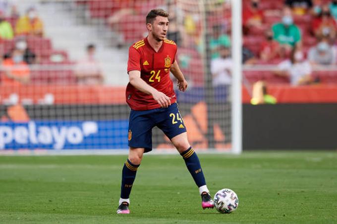 Laporte là cầu thủ Tây Ban Nha duy nhất đá trọn vẹn số phút từ đầu EURO