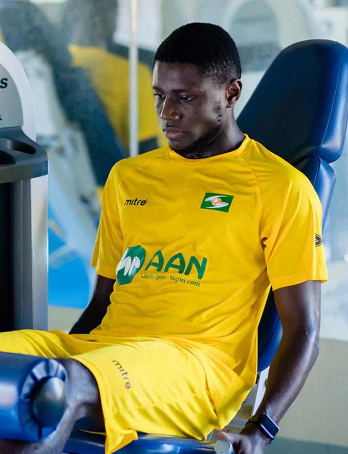 Olaha được kỳ vọng sẽ giúp SLNA trụ hạng V.League - Ảnh: SLNA FC
