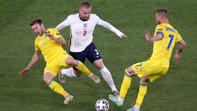 Shaw và Sterling: Chìa khóa giúp Anh vào bán kết