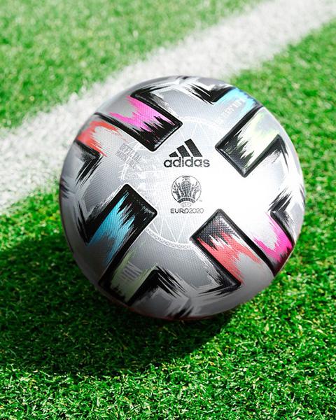 UEFA giới thiệu trái bóng Uniforia Finale ở bán kết và chung kết EURO 2020