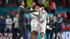 Dàn sao Tây Ban Nha lặng đi khi gục ngã trước Italia ở loạt 'đấu súng'