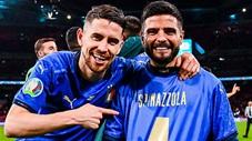 Thầy trò Mancini tri ân Spinazzola theo cách cuồng nhiệt nhất