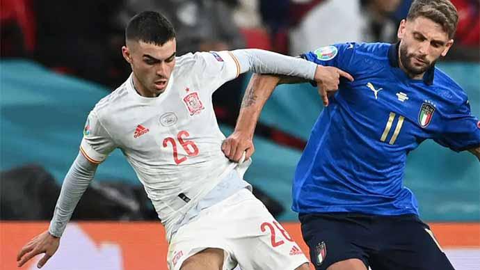 Pedri được ví như 'kho báu của Tây Ban Nha' sau trận bán kết EURO 2020