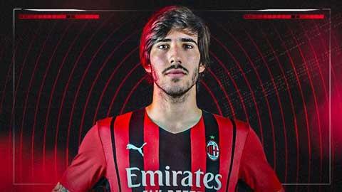 Tin giờ chót 8/7: Milan mua đứt 'Pirlo mới'