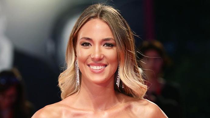 Cô vợ siêu mẫu của Morata bức xúc vì cộng đồng mạng Italia