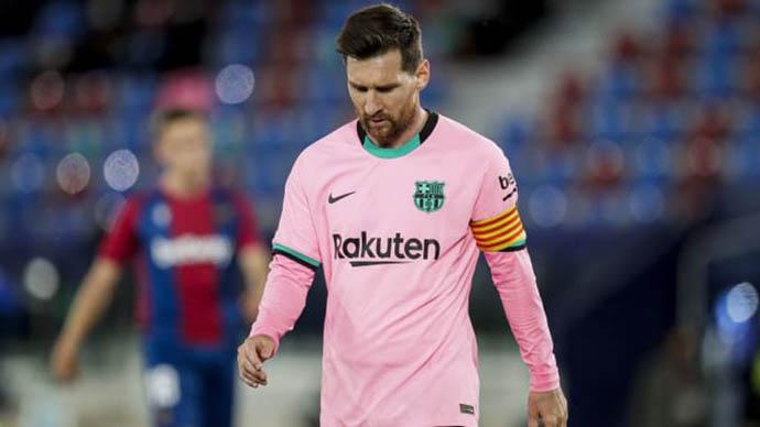 Nhiều cầu thủ đội một không đồng ý giảm lương vì Messi