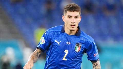 Di Lorenzo, võ sĩ giác đấu của ĐT Italia