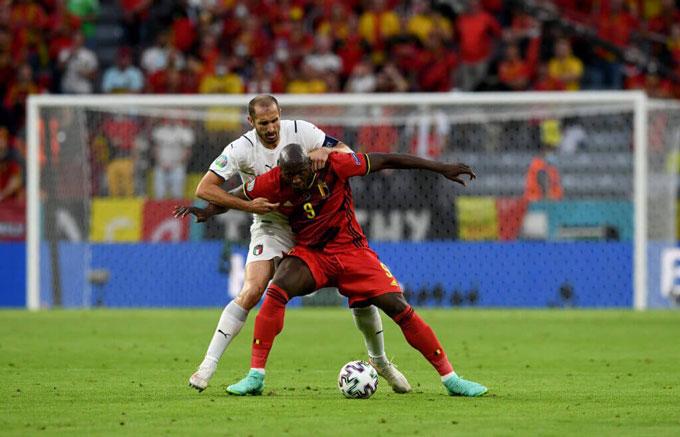 Chiellini đã khiến Lukaku phải tắt điện trong trận Bỉ vs Italia tại tứ kết EURO 2020
