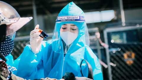 Châu Tuyết Vân, hoa khôi Taekwondo làm tình nguyện viên mùa dịch