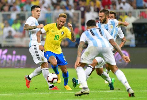 Argentina và Brazil là hai đội có tổng giá trị đội hình đắt nhất giải