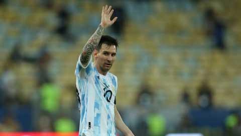 HLV ĐT Argentina: 'Messi chấn thương khi đá chung kết Copa America 2021'