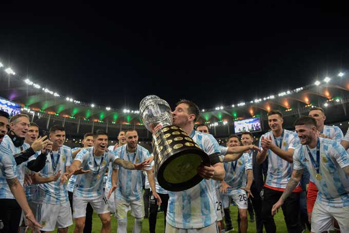 Khoảnh khắc được chờ đợi nhất khi Messi đã có chức vô địch đầu tiên cùng ĐT Argentina
