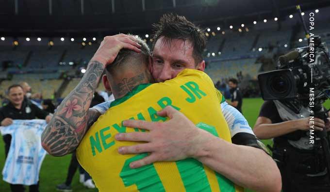 Messi đã chủ động đến an ủi Neymar