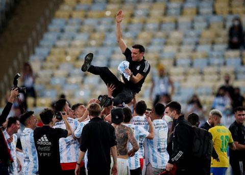 Lionel Scaloni đã giúp bóng đá Argentina chấm dứt cơn khát danh hiệu kéo dài 28 năm