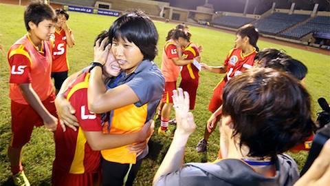 HLV Kim Chi và các cầu thủ TP.HCM đang tự cách ly tại Hà Nội