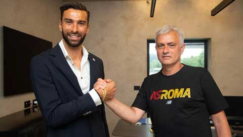 Mourinho chính thức có tân binh đầu tiên tại AS Roma