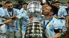 Messi tặng danh hiệu Copa America cho tổ quốc và tiền bối Maradona