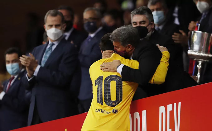 Laporta đang làm hết sức có thể để giữ chân Messi