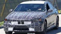 BMW 5-Series thế hệ mới chạy thử trên phố