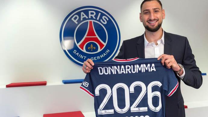 4. Gigi Donnarumma (ĐT Italia)/PSG)- 65 triệu euro: Thủ thành tân binh của PSG với màn trình diễn ấn tượng ở EURO 2020 đã tăng giá trị thêm 5 triệu euro, qua đó đạt 65 triệu euro