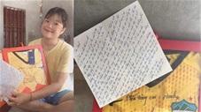 Minh Vương tặng quà động viên nữ cầu thủ mắc bệnh nan y