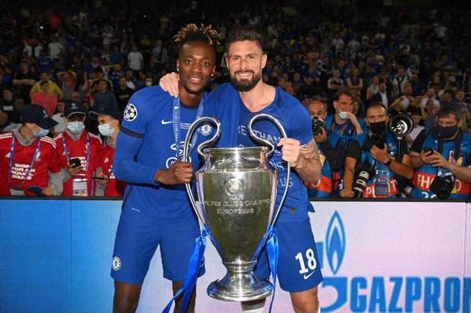 Abraham và Giroud không đóng góp nhiều trong hành trình lên ngôi vô địch châu Âu của Chelsea