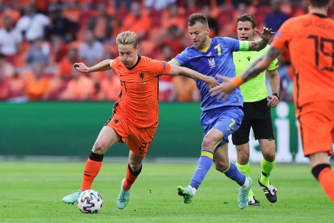 De Jong cũng thi đấu cực hay trong màu áo ĐT Hà Lan tại EURO 2020