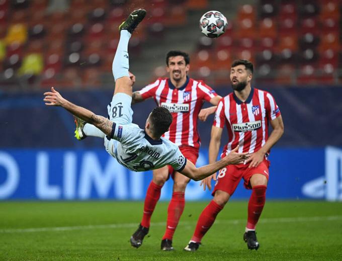 Pha ghi bàn đáng nhớ của Giroud vào lưới Atletico tại vòng 1/8 Champions League 2020/21