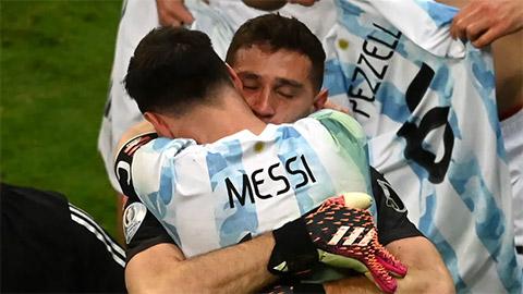 Martinez: 'Tôi nguyện chết vì Messi'