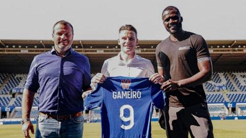 Gameiro chính thức về lại Strasbourg