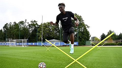 Arsenal sắp có Abraham từ Chelsea