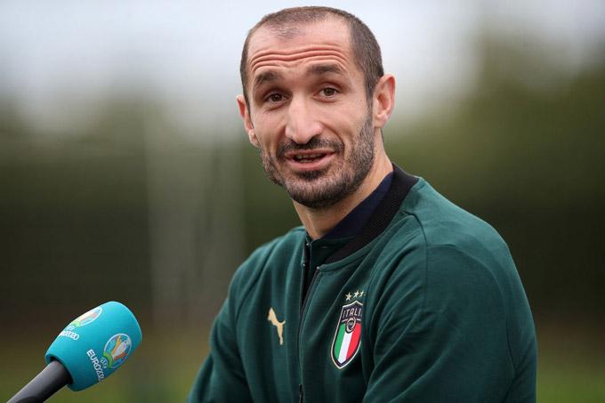 Juventus muốn giữ Chiellini thêm 1 mùa