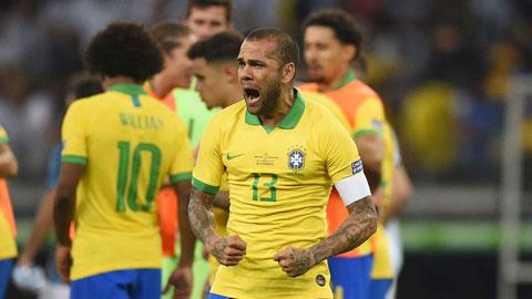 Ở tuổi 38, Alves vẫn còn nguyên khát vọng cống hiến cho U23 Brazil