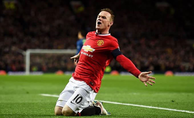 5. Rooney (Man United, Everton):Wayne Rooney là cầu thủ ghi bàn số một lịch sử MU với 253 bàn sau 599 trận. Ngoài ra, anh cũng nắm giữ kỷ lục ghi bàn cho tuyển Anh với 53 pha lập công. Rooney giành 5 chức vô địch Premier League và 1 Champions League khi chơi bóng tại Old Trafford