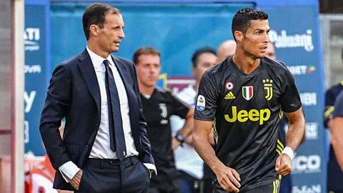 Juventus hướng đến mùa giải mới: Hãy biết làm tắc kè như Allegri