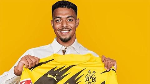 Dortmund chi 30 triệu euro cho người thay thế Sancho