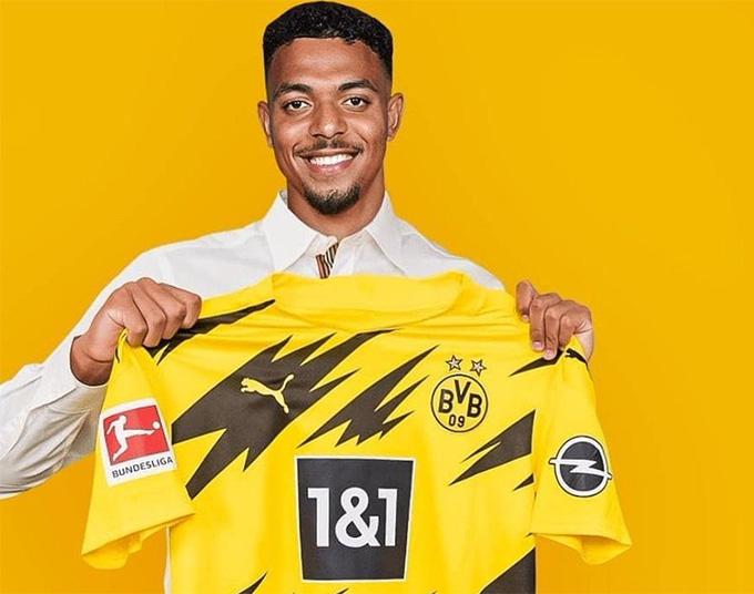 Malen sẽ chính thức gia nhập Dortmund cuối tuần này