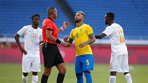 VAR bị chỉ trích vì thẻ đỏ của U23 Brazil