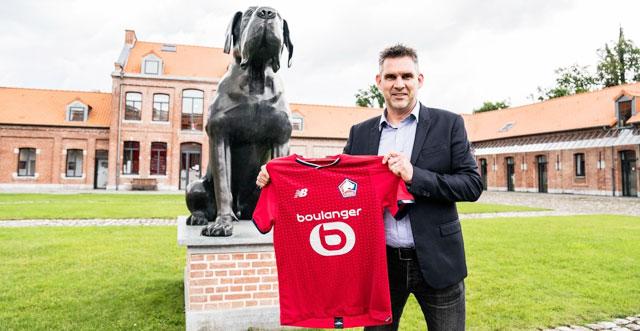 HLV Gourvennec trong ngày ra mắt CLB Lille