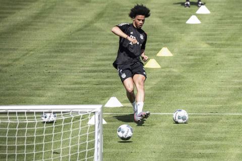 10 bàn thắng ở mùa giải trước là không tương xứng với mức lương 22 triệu euro/năm mà Sane đang nhận ở Bayern