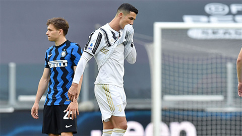 """Người sỉ nhục Ronaldo là """"đồ con lợn"""" bị trừng phạt"""