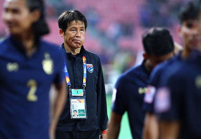 HLV Nishino bị LĐBĐ Thái Lan sa thải vì không thể giúp ĐTQG Thái Lan vào vòng loại thứ 3 World Cup 2022 khu vực châu Á