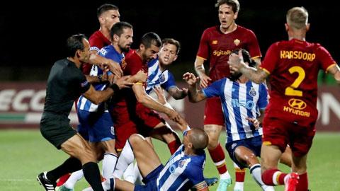 Mkhitaryan đòi tẩn Pepe trong trận giao hữu