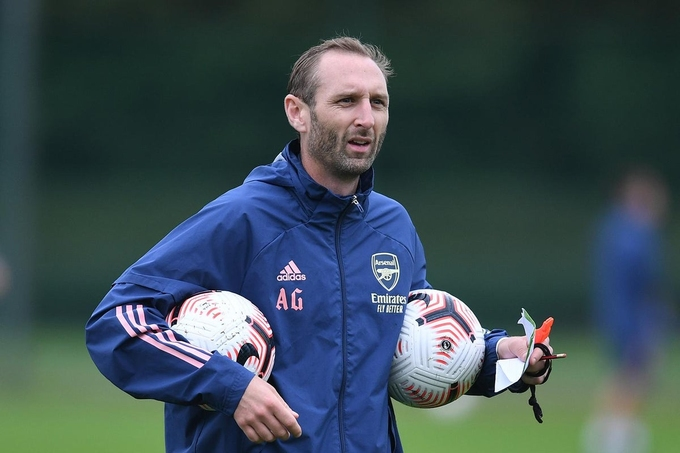 Nicolas Jover sẽ giúp Arsenal cải thiện các tình huống bóng chết?